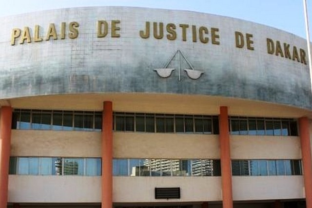 Modernisation de la justice : réception de matériels informatiques